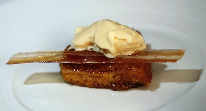 Nitro Scrambled Egg and Bacon Ice Cream