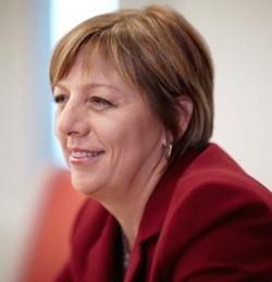 Wendy Rudd, IIROC