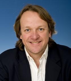 Dominic Holland, Deutsche Bank