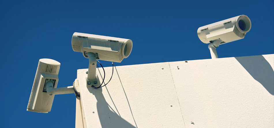 Real-Time Trade Surveillance At Hand