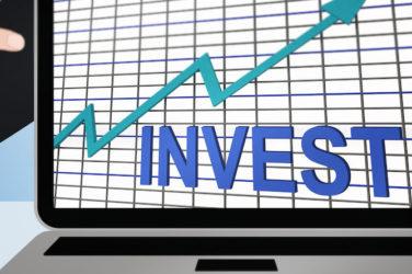 Bond Investors Await Fed Moves