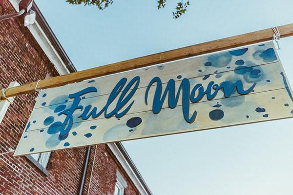 Full_Moon_Brooklyn