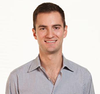 Justin Manikas, Dataminr